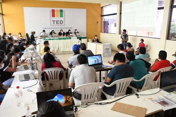 El TED Pando reanuda el cómputo departamental con copias de actas que fueron incineradas